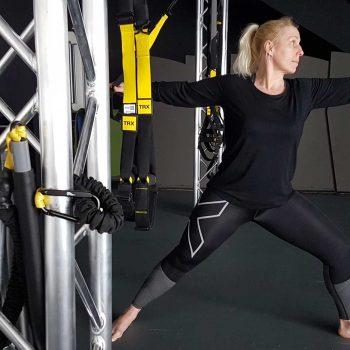 Marlies Gäbe, lizensierte TRX Trainerin, 4D Pro Prehab Master Trainer, Rehabilitationsübungsleiter in der Orthopädie, ausgebildet in Kinesiologischem Taping und in Fascial Movement Taping.
